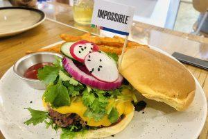 使用素豬肉製作的不可能漢堡(李潔瑜攝)
